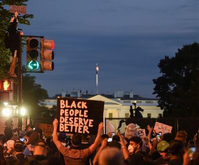 Protestolar Beyaz Saray'a dayandı