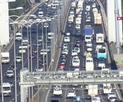 İstanbul'da trafik yoğunluğu | Video