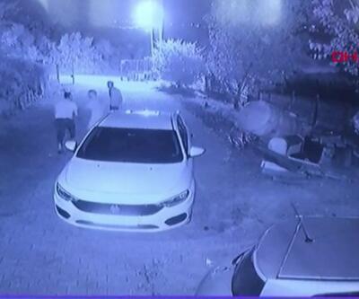 Evinin önünde kurşun yağdırdılar   Video