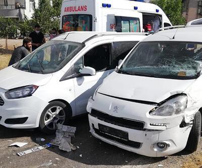 Siirt'te HDP konvoyunda trafik kazası: 6 yaralı