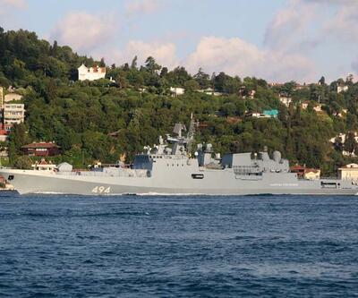 Son dakika haberi... Rus savaş gemisi Boğaz'dan geçti