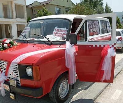 'Çiçek Abbas' filmindeki minibüsü yapmak için 60 bin TL harcadı