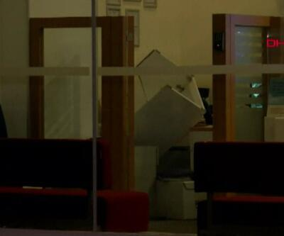 Bir dakikada bankaya girdiler, kasayı alıp ve kaçtılar   Video