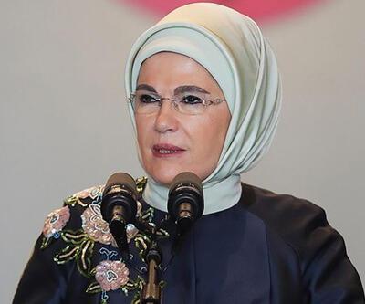 """Emine Erdoğan'dan """"Ayasofya"""" paylaşımı"""