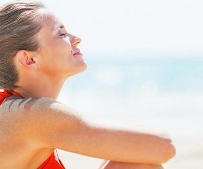 Yüz ve kollarınızı günde 30 dakika güneşe bırakın!