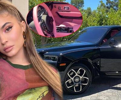 Kylie Jenner özel tasarım otomobilini gösterdi