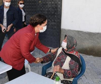 Vali Funda Kocabıyık şehit ailelerini ziyaret etti