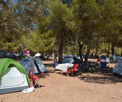 Son dakika... Datça'daki çadır kamplara tatilci akını