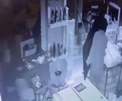 Son Dakika: Güpegündüz soygun yaptılar| Video