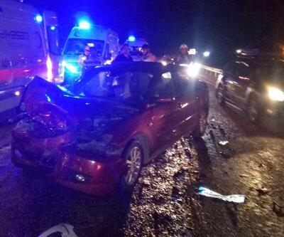 Son dakika... Antalya'da zincirleme kaza: 1 ölü, 2 yaralı