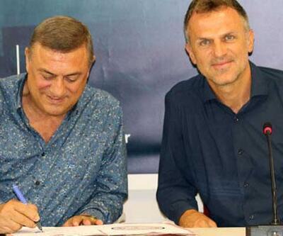 Çaykur Rizespor resmen Stjepan Tomas'a emanet