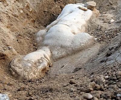 İzmir'de mitolojik bir varlığın kabartması bulundu