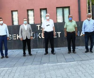AK Partili Turan, Lapseki'de ziyaretlerde bulundu