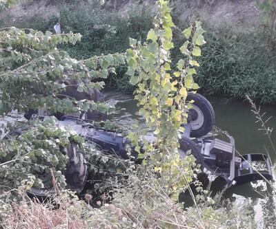 Dereye düşen traktörün sürücüsü kurtarılamadı