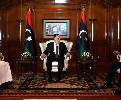 Son dakika! Bakan Akar'dan Libya'da kritik görüşmeler