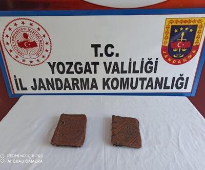 Yozgat'ta 2 el yazması İncil ele geçirildi