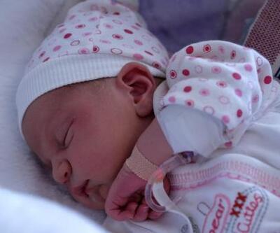 2 günlük bebeği, göbek bağını iple bağlayıp sokağa terk ettiler