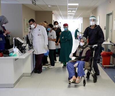 Son dakika... 80 yaşındaki hasta, kronik rahatsızlıklarına rağmen koronavirüsü yendi
