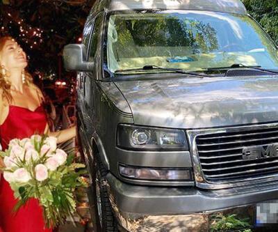 Kenan İmirzalıoğlu minibüsünün logosunu çaldırdı!
