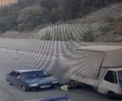 Son dakika haberleri.. Dikkatsiz sürücü jandarmayı eziyordu   Video