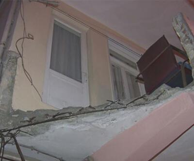 Balkonun çökmesiyle düşen çocuk yaralandı | Video
