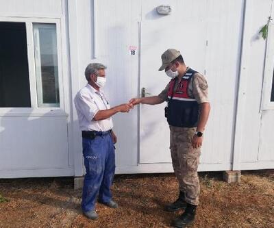 Jandarmadan depremzedelere destek ziyareti