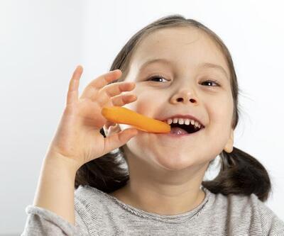 Çocukların dişlerini güçlendiren besinler