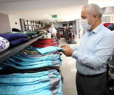Elden Ele Gönül Çarşısı'ndan 2 ayda bin 500 kıyafet yardımı