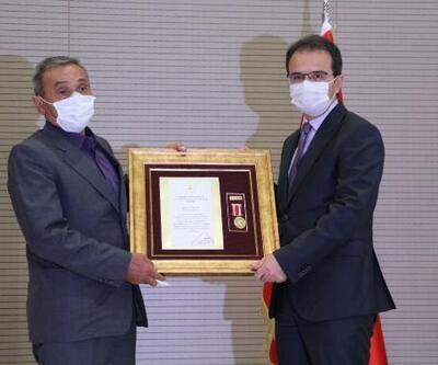 Şehit ailesi ve gazilere 'Devlet Övünç Madalyası ve Beratı' verildi