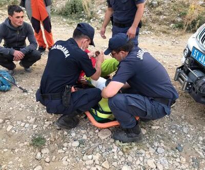 Son dakika... Demirkazık Dağ'nda ayağı kırılan dağcı kurtarıldı