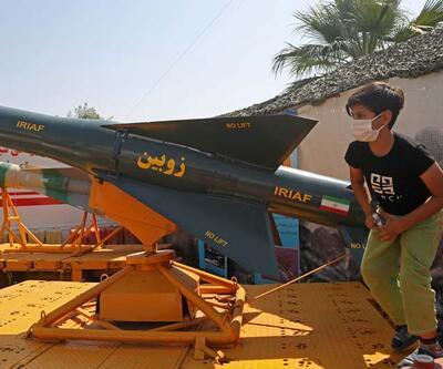 Tahran meydanında ağır silahlarla gövde gösterisi