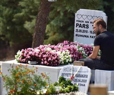 Doğum gününde mezarını ziyaret etti