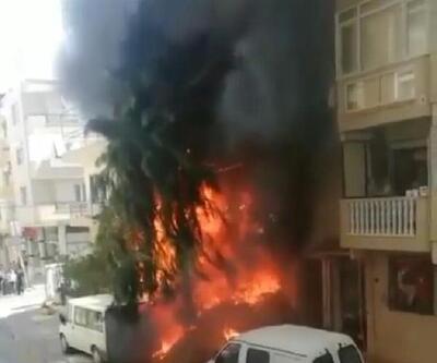 Son dakika.. Atık malzemeler alev aldı; depo, daire ve minibüs yandı
