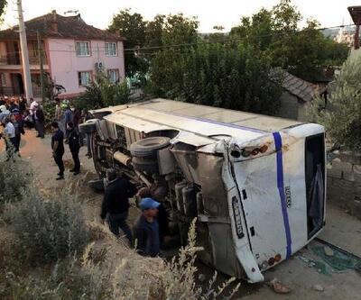 Son dakika.. Tanker, tarım işçilerini taşıyan midibüse çarptı: 26 yaralı