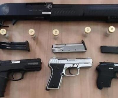 Kapkaç ve tabanca yakalatan 3 şüpheli gözaltında