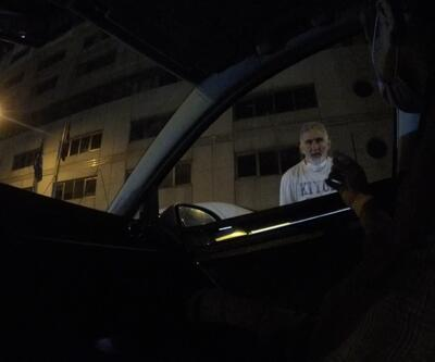 Taksim'de değnekçiler yine ortaya çıktı: Bir saati 15 lira