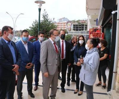 AK Parti'li Yel, hortumun zarar verdiği Marmara Ereğlisi'nde incelemelerde bulundu