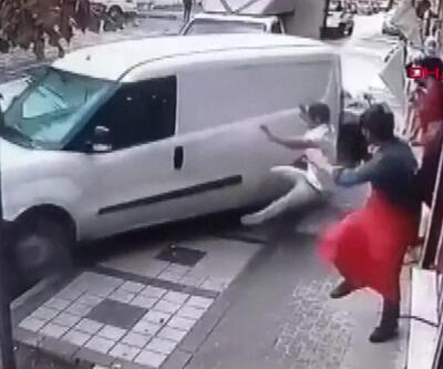 Kaldırımda ölümden döndüler! | Video