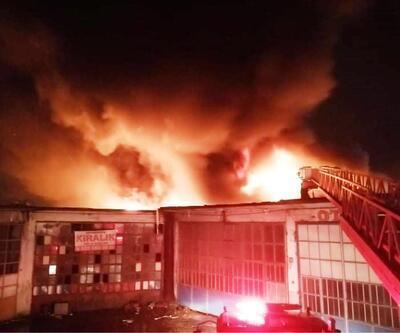 Sakarya'da, kauçuk imalathanesindeki yangın 5 saatte söndürüldü