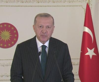 Son Dakika: Cumhurbaşkanı Erdoğan: Macron'un başını çektiği bu girişimlerin esas gayesi İslam'la hesaplaşmaktır | Video