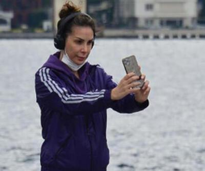 Tuğba Özerk selfie çekmekten koşamadı