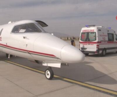 Ambulans uçak kalp hastası bebekler için havalandı | Video