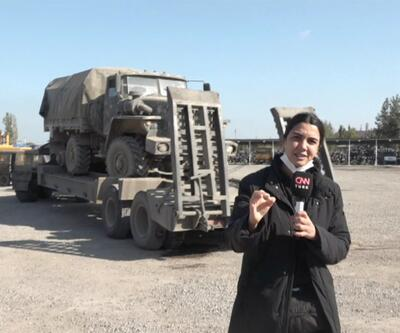 CNN TÜRK ele geçirilen askeri araçları görüntüledi | Video