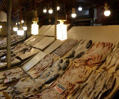 Balık tezgahlarında şaşırtıcı ışık hilesi