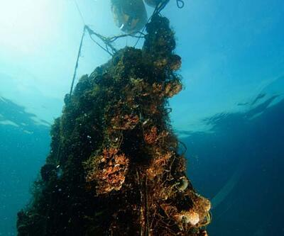 Denizden çıkarılan ağlarla çanta yapıyorlar