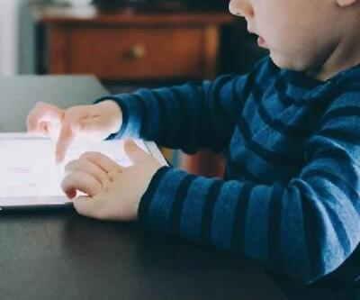 Çocuğunuzu cep telefonu ve tabletlerden uzak tutun