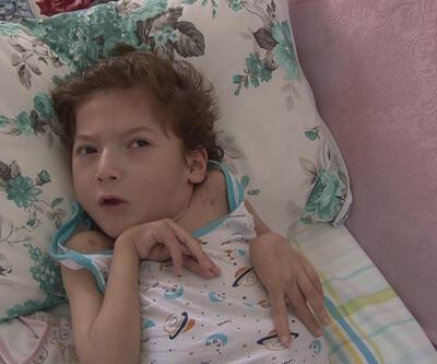 Beyin felci geçiren 7 yaşındaki Hakan yardım bekliyor | Video