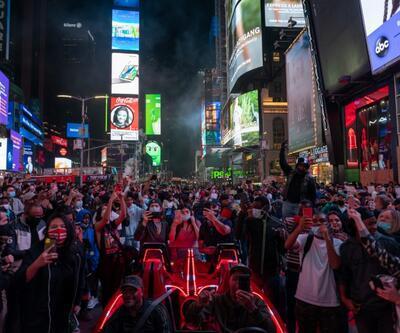 ABD seçimlerinin ardından bir yanda kutlamalar diğer yanda protestolar