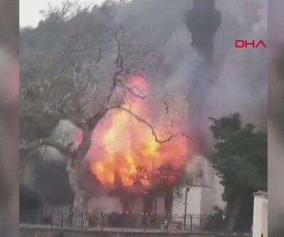 350 yıllık Vaniköy Camii'nde büyük hasar oluştu   Video