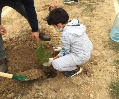 Gercüş'te 'Ağaçlar kitaplarla büyüyor' projesi
